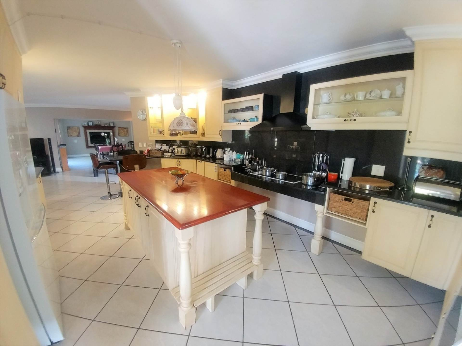 Waterkloof Ridge And Ext property for sale. Ref No: 13534818. Picture no 7