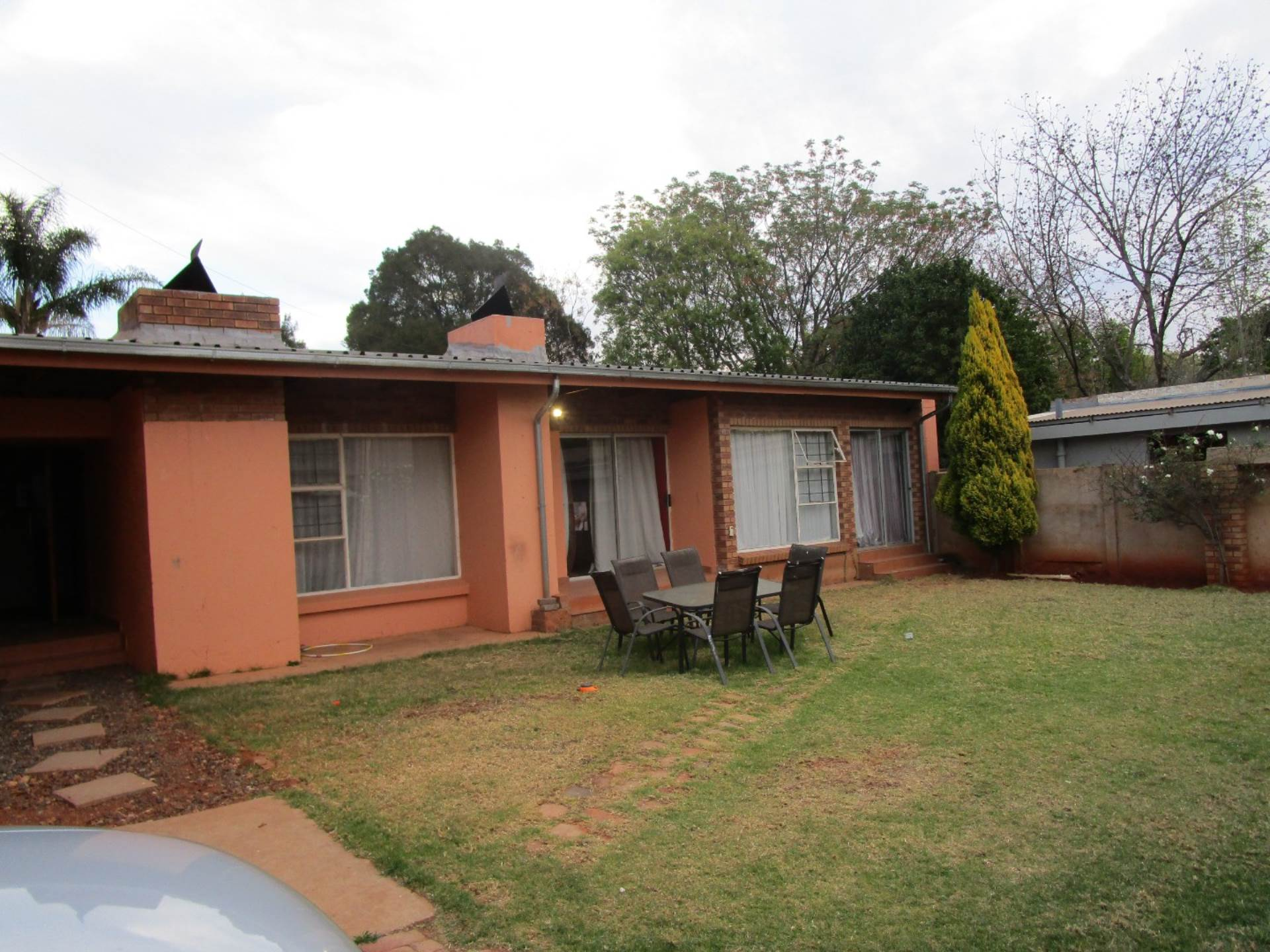 Property and Houses for sale in Meyerspark, House, 4 Bedrooms - ZAR 2,250,000