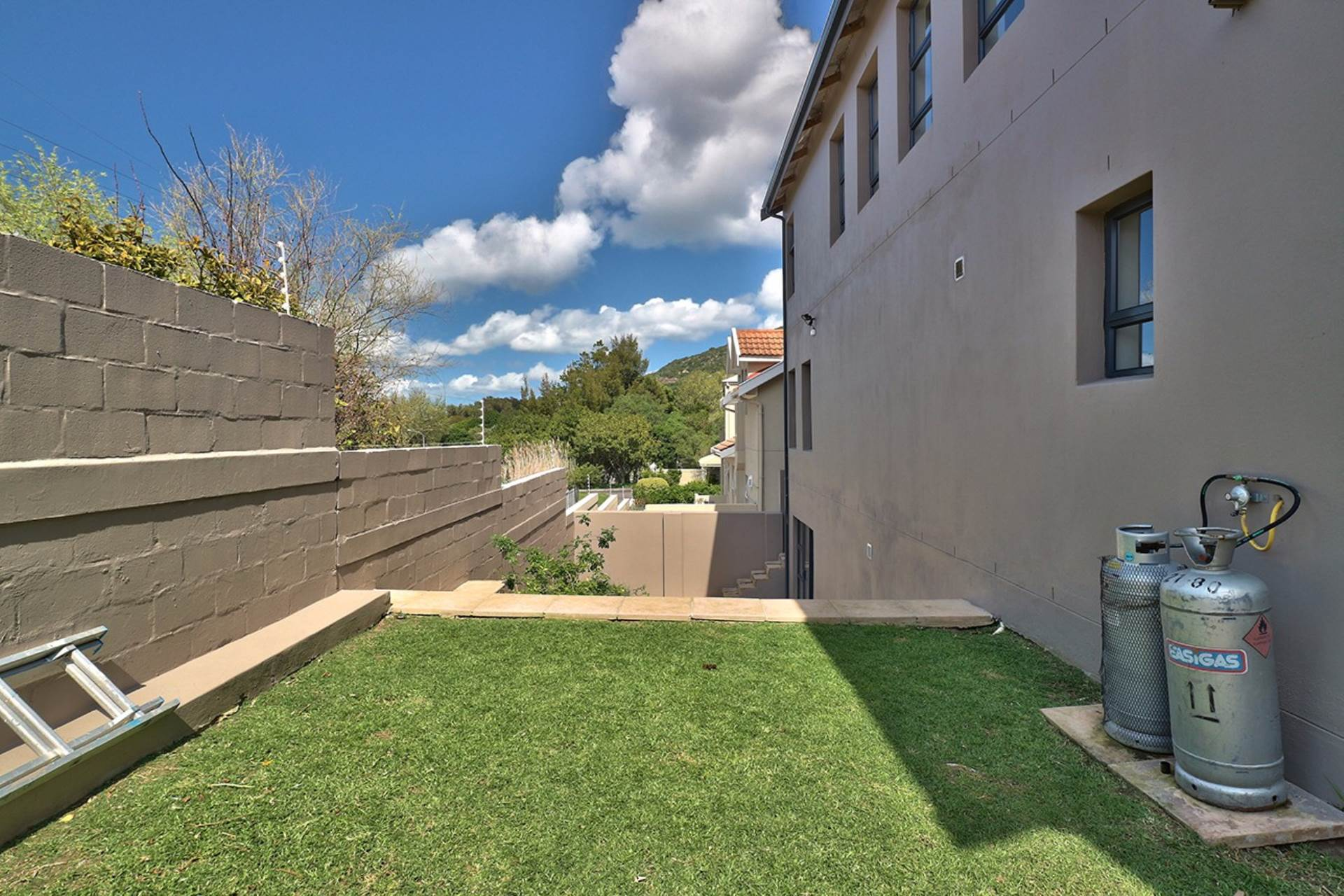 Hout Bay property for sale. Ref No: 13535608. Picture no 27