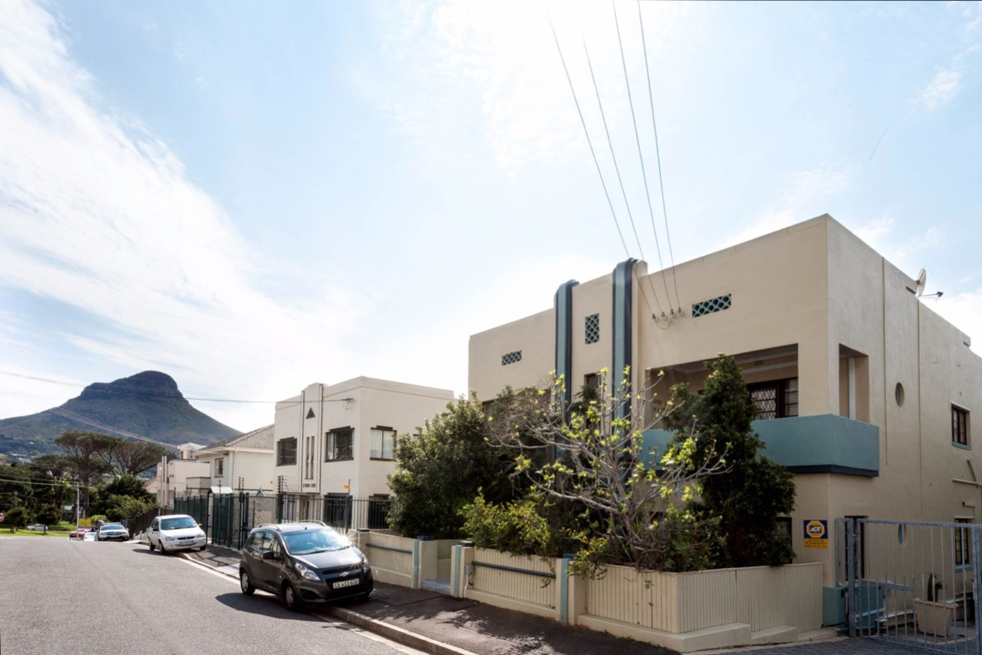 Vredehoek property for sale. Ref No: 13534665. Picture no 12