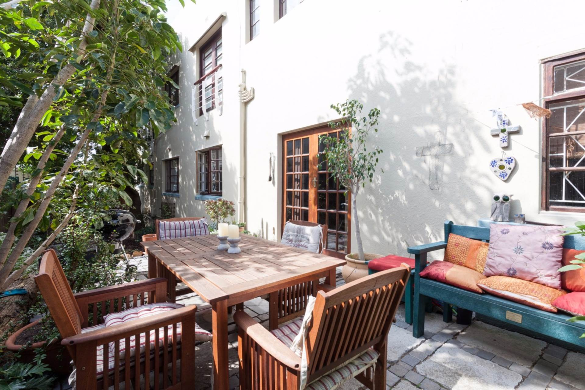 Vredehoek property for sale. Ref No: 13534665. Picture no 6