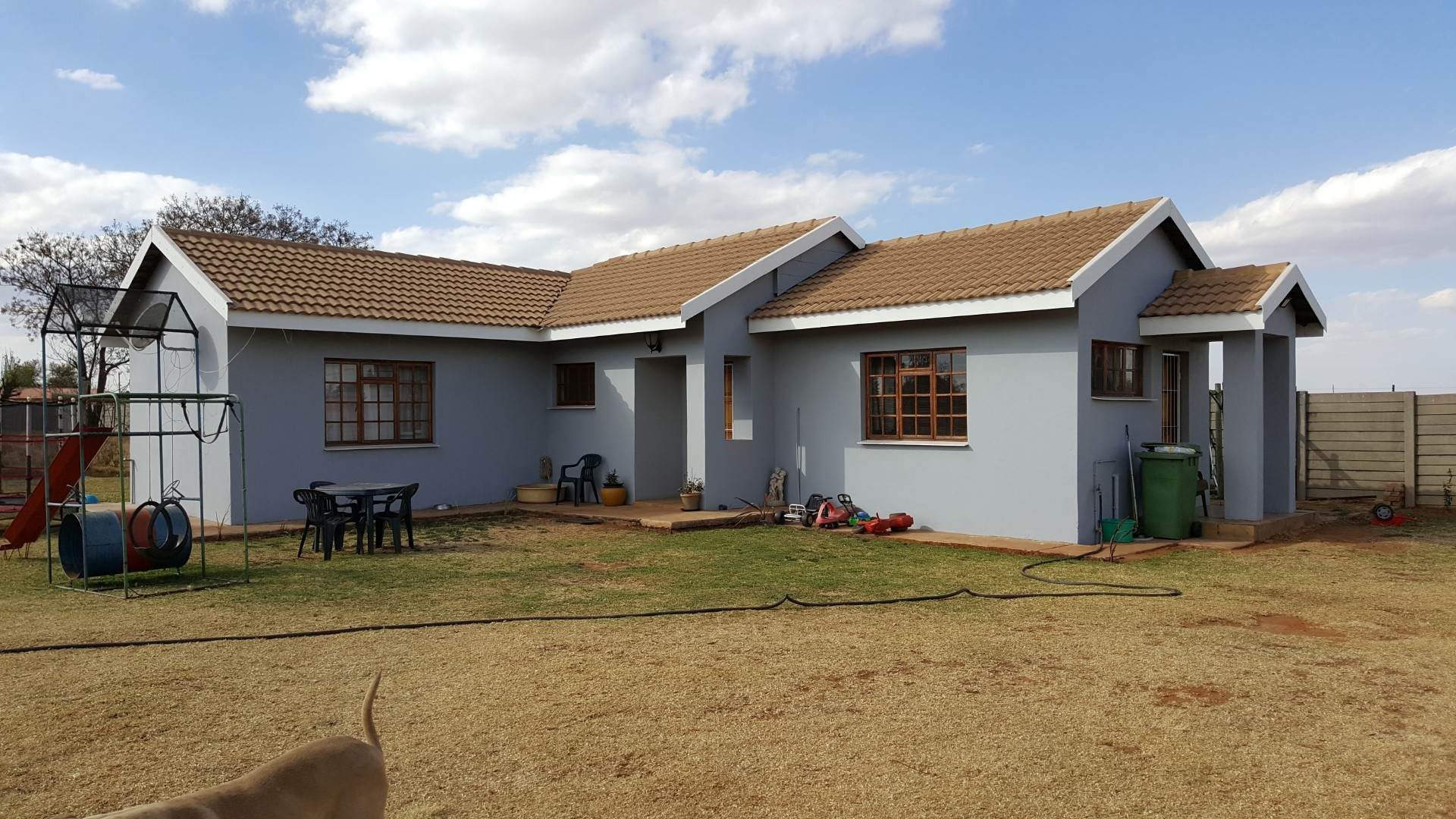 5 BedroomSmall Holding For Sale In Eloff