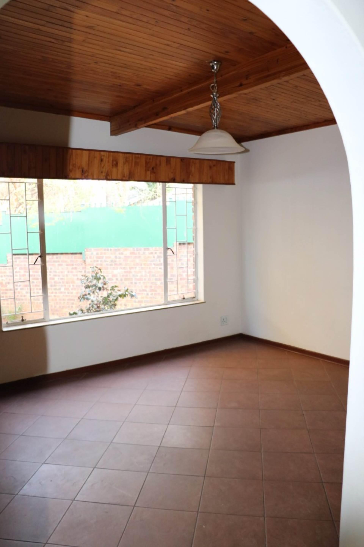 Constantia Park property for sale. Ref No: 13534053. Picture no 9