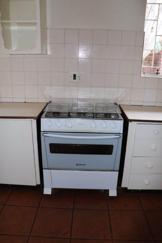Constantia Park property for sale. Ref No: 13534053. Picture no 11