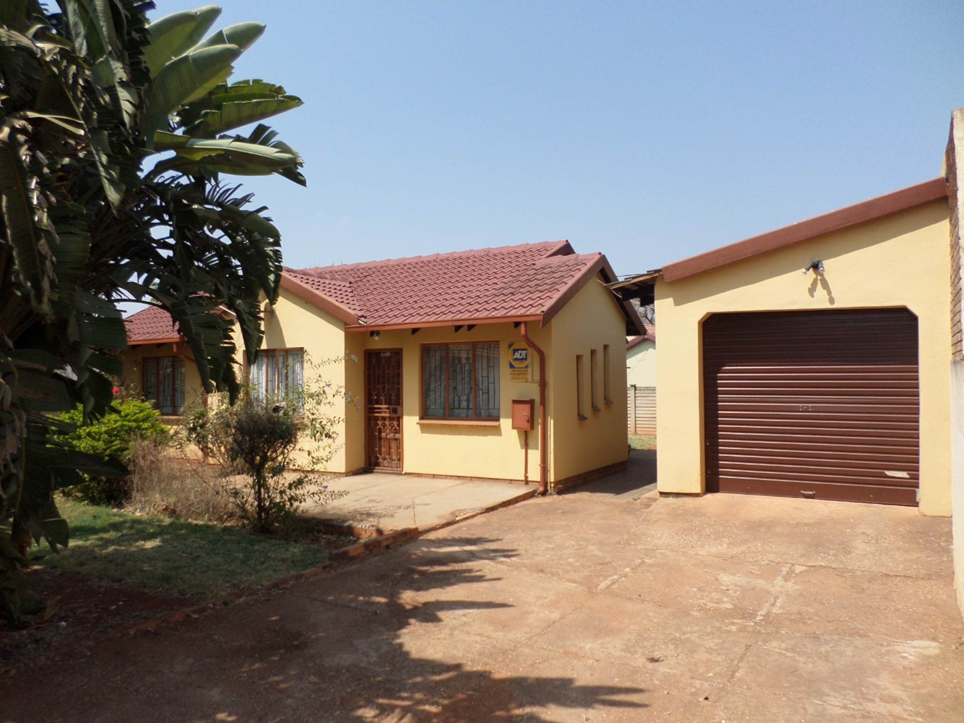 3 BedroomHouse For Sale In Hesteapark