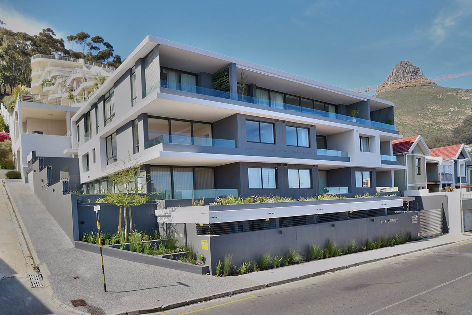 Cape Town, Sea Point Property    Houses For Sale Sea Point, SEA POINT, Apartment 2 bedrooms property for sale Price:8,950,000
