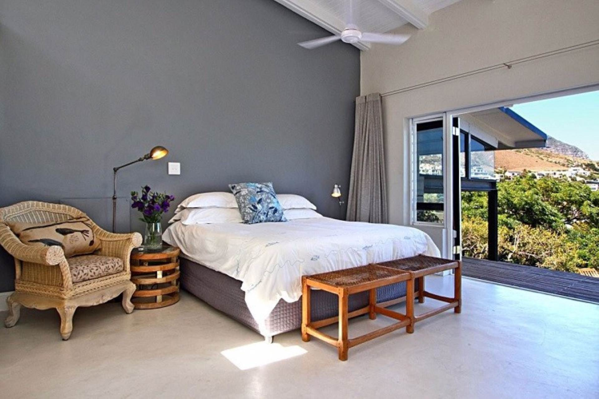 Llandudno property to rent. Ref No: 13534806. Picture no 11