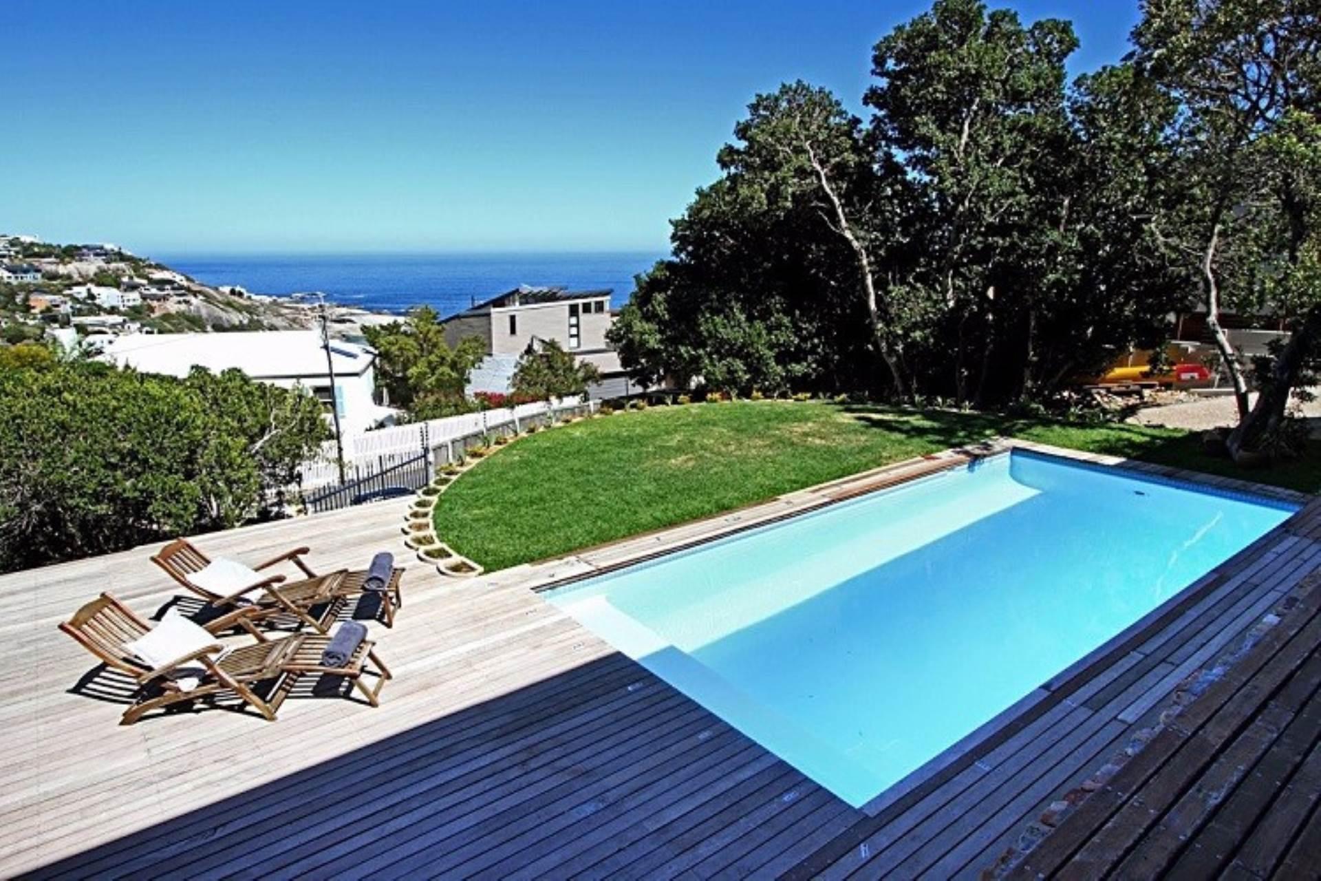 Llandudno property to rent. Ref No: 13534806. Picture no 1