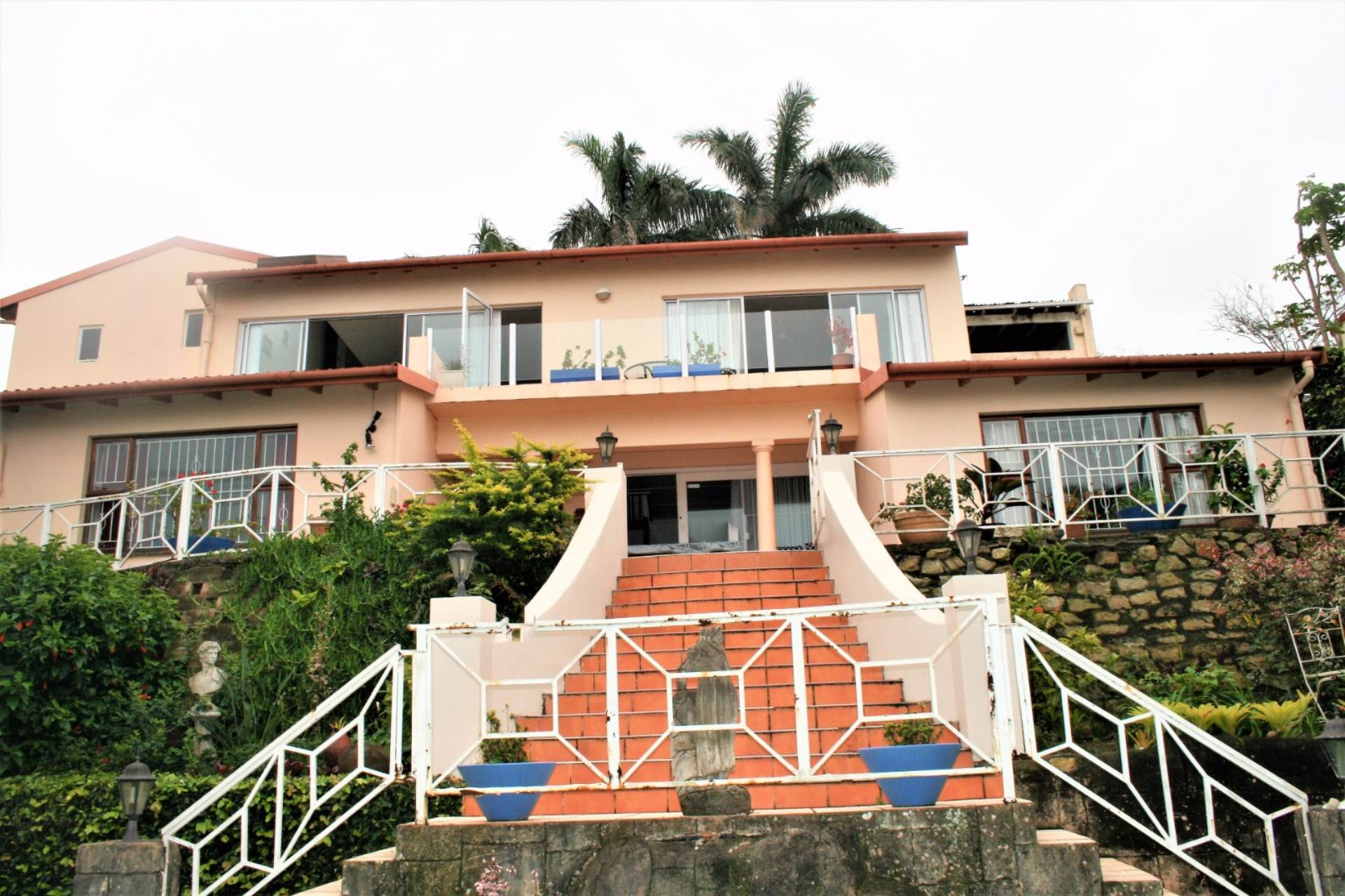 4 BedroomHouse For Sale In Margate