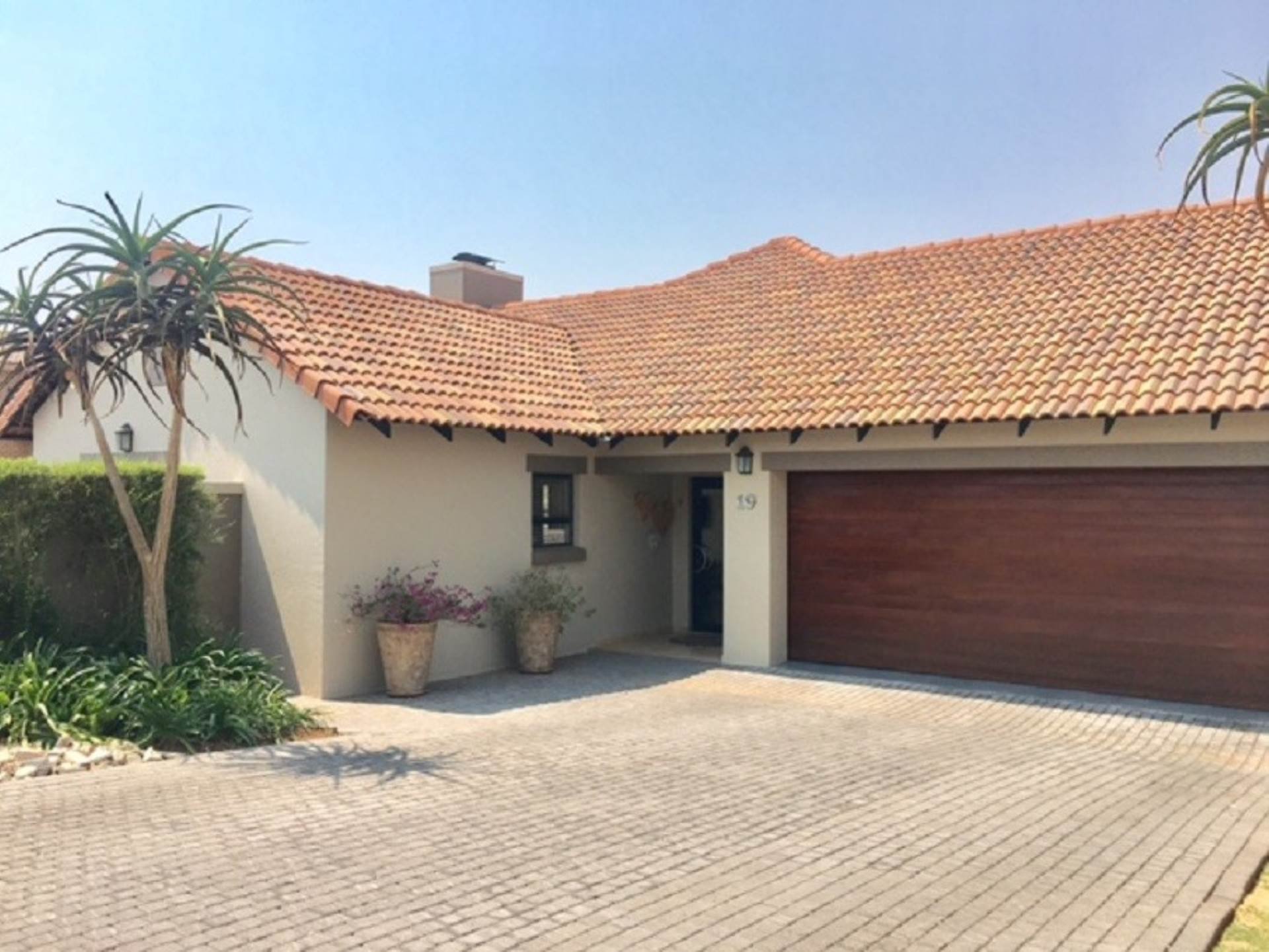 3 BedroomHouse For Sale In Midlands Estate