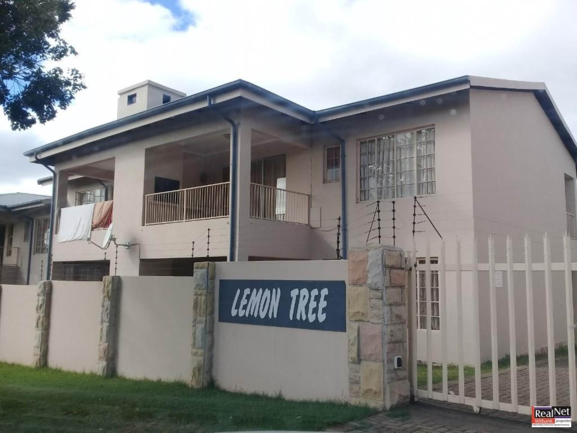 2 BedroomFlat To Rent In Model Park