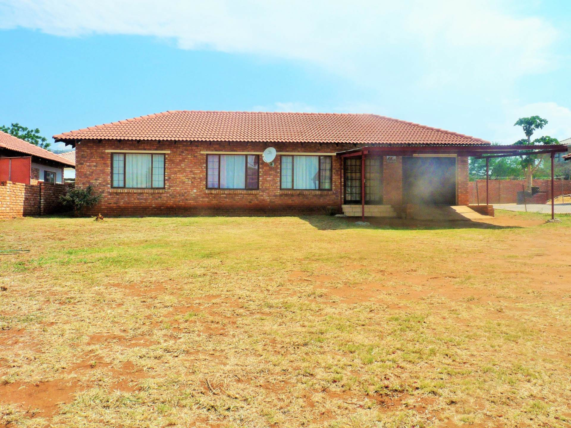 3 BedroomHouse For Sale In Barberton & Ext