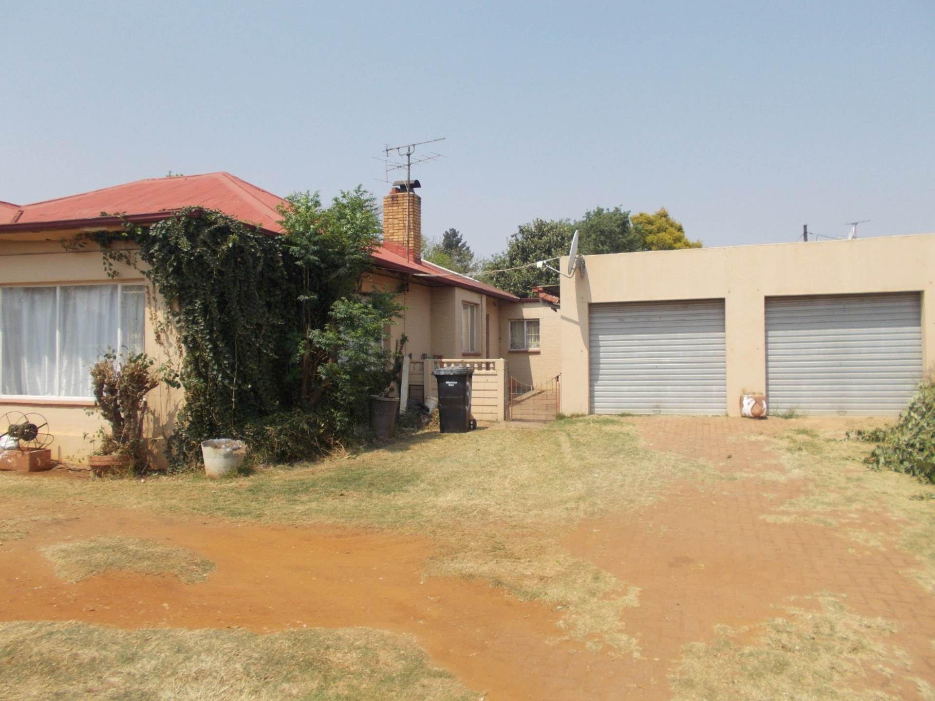 4 BedroomHouse For Sale In Geduld Ext 1