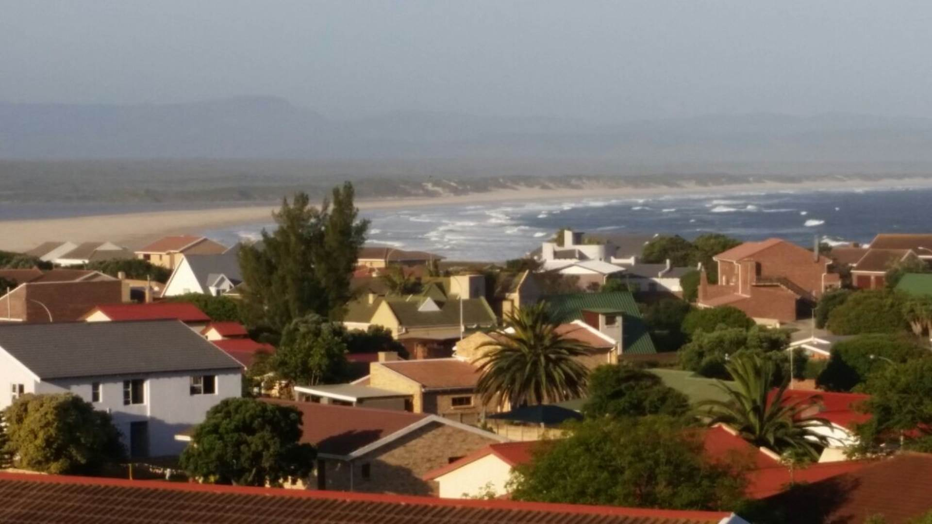 3 BedroomHouse For Sale In Jeffreys Bay