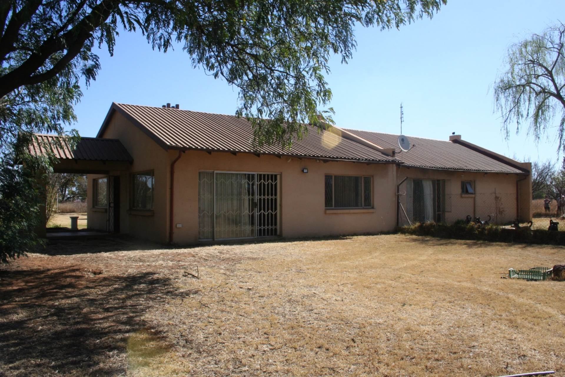 3 BedroomSmall Holding For Sale In Bapsfontein