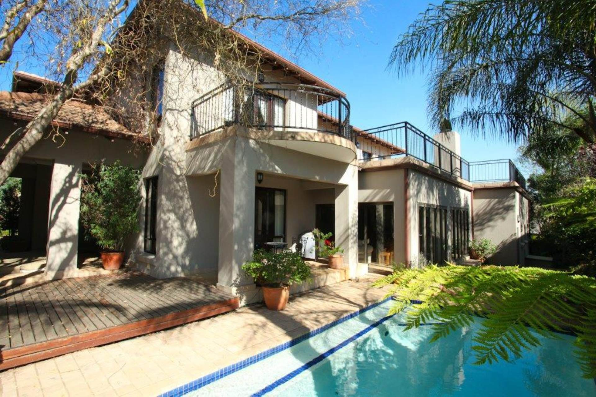 3 BedroomHouse For Sale In Eagle Canyon Golf Estate