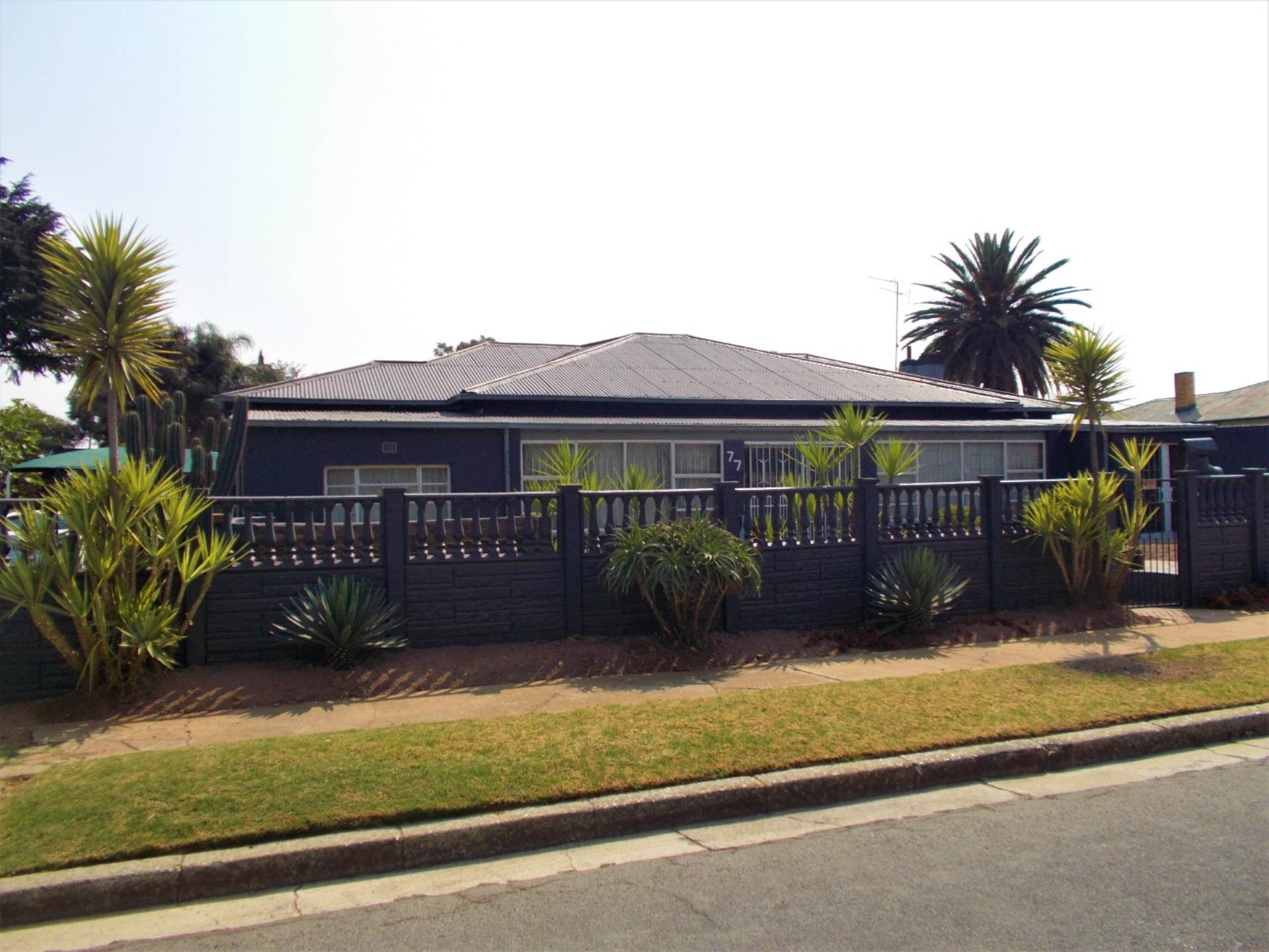 3 BedroomHouse For Sale In Geduld Ext 1