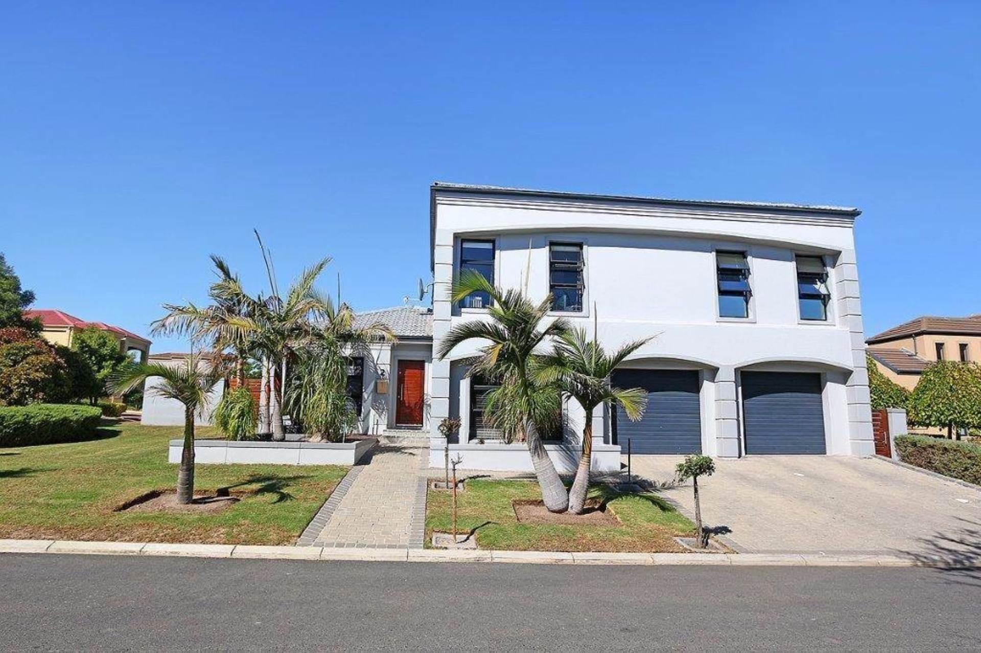 4 BedroomHouse For Sale In Welgevonden Estate