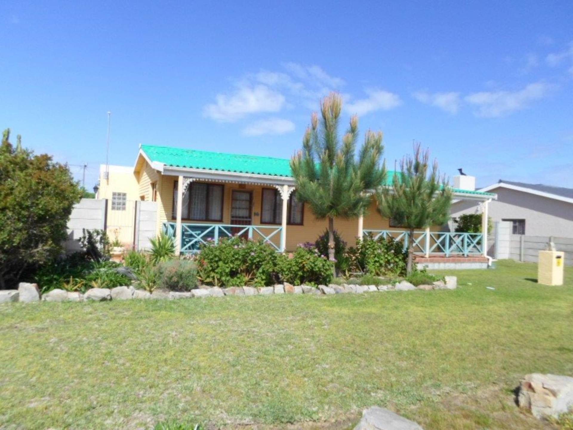 3 BedroomHouse For Sale In Sandbaai