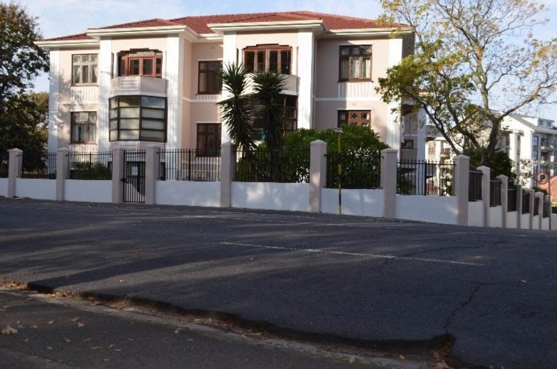 Rondebosch property for sale. Ref No: 13536060. Picture no 5
