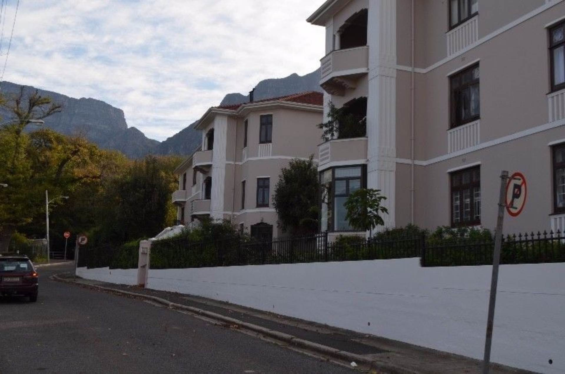 Rondebosch property for sale. Ref No: 13536060. Picture no 6
