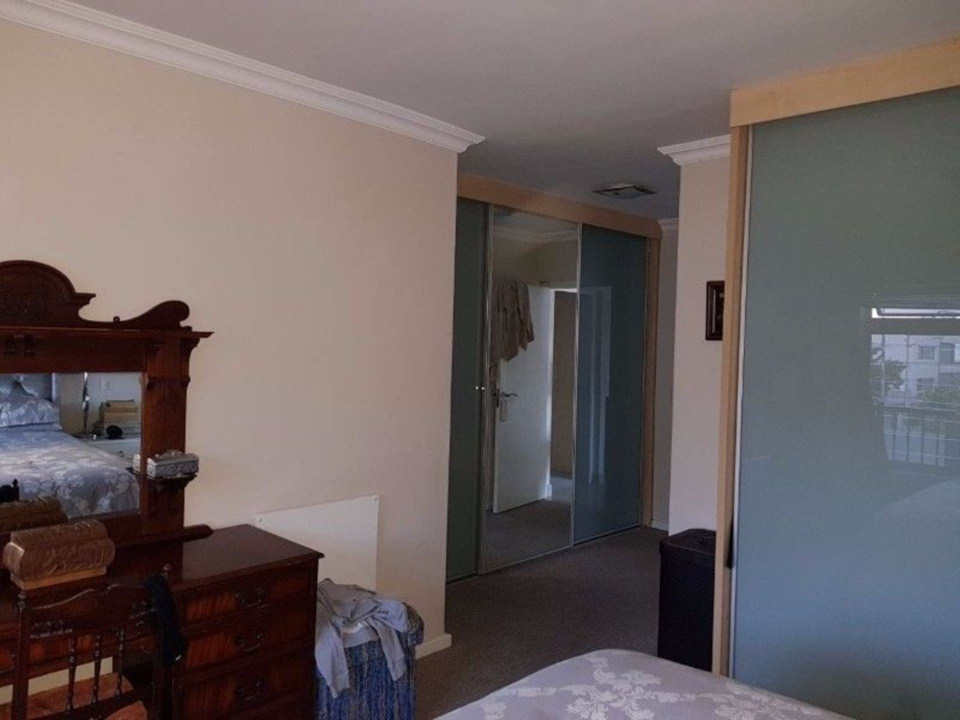 Sea Point property to rent. Ref No: 13536174. Picture no 7