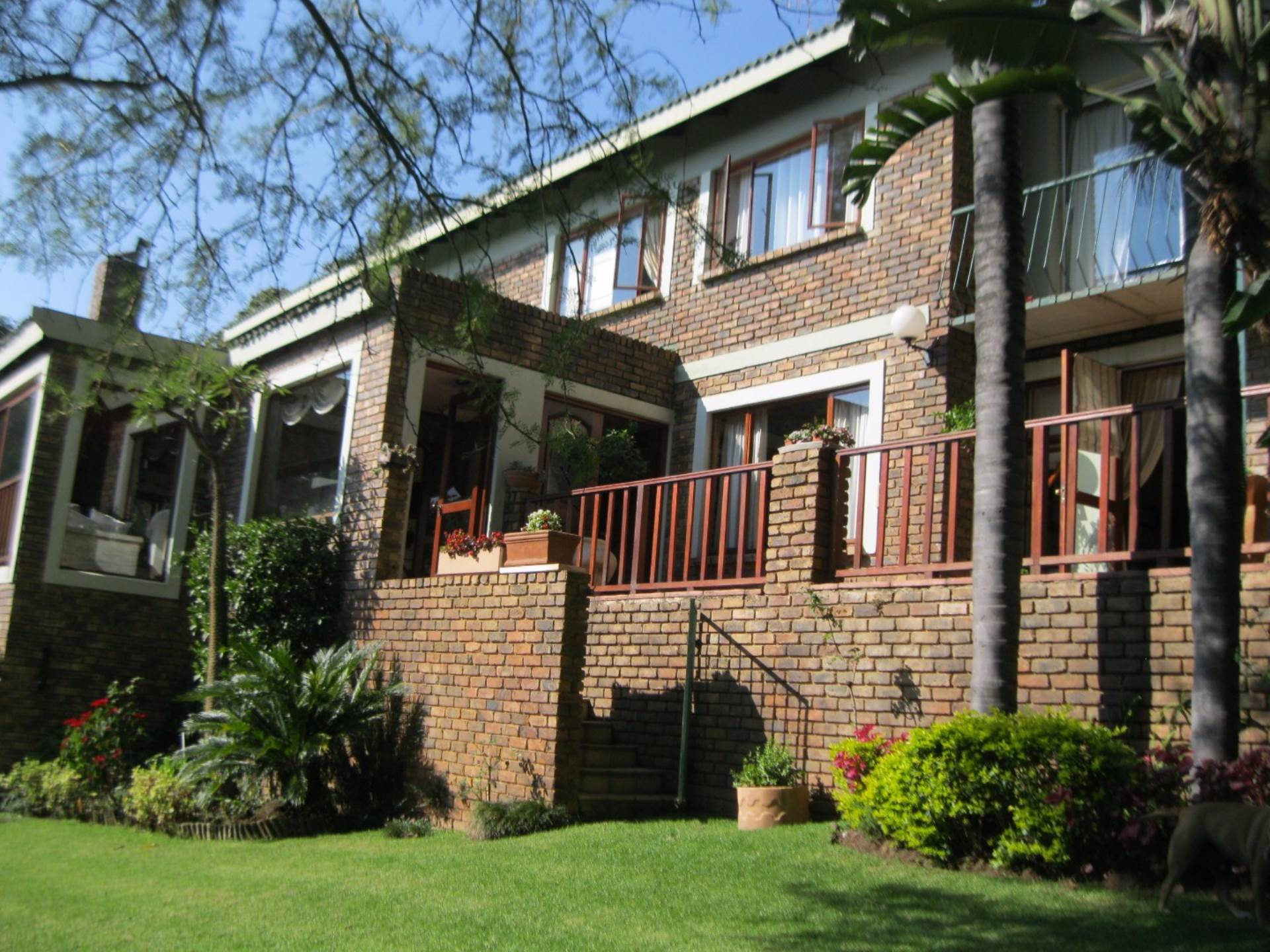 Property and Houses for sale in Newlands, House, 6 Bedrooms - ZAR 3,599,000