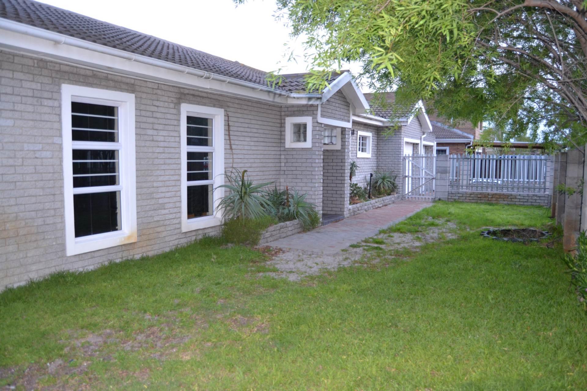4 BedroomHouse For Sale In Soneike