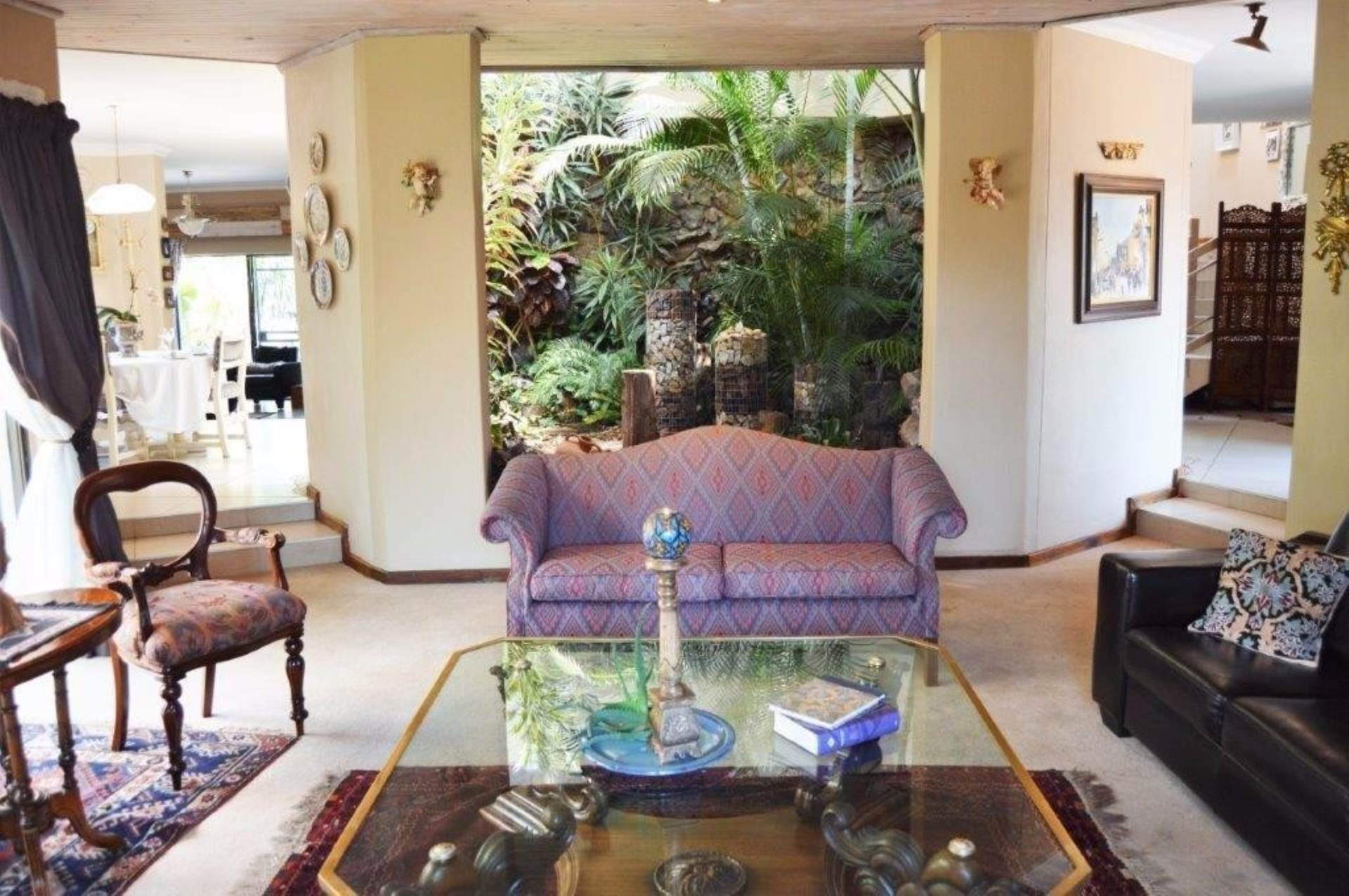 Waterkloof Glen property for sale. Ref No: 13536490. Picture no 7