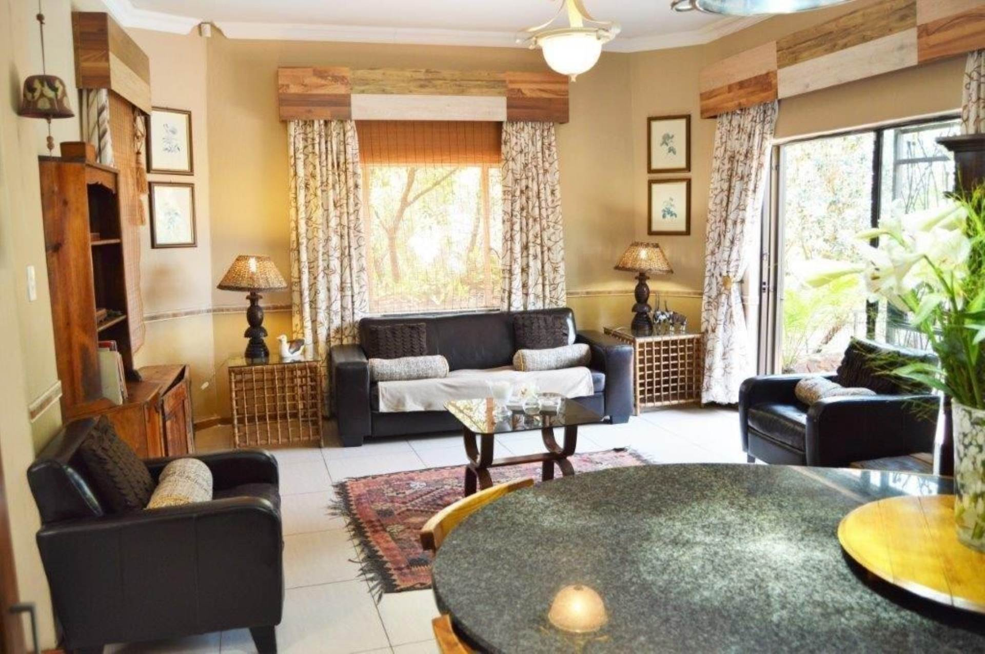 Waterkloof Glen property for sale. Ref No: 13536490. Picture no 9