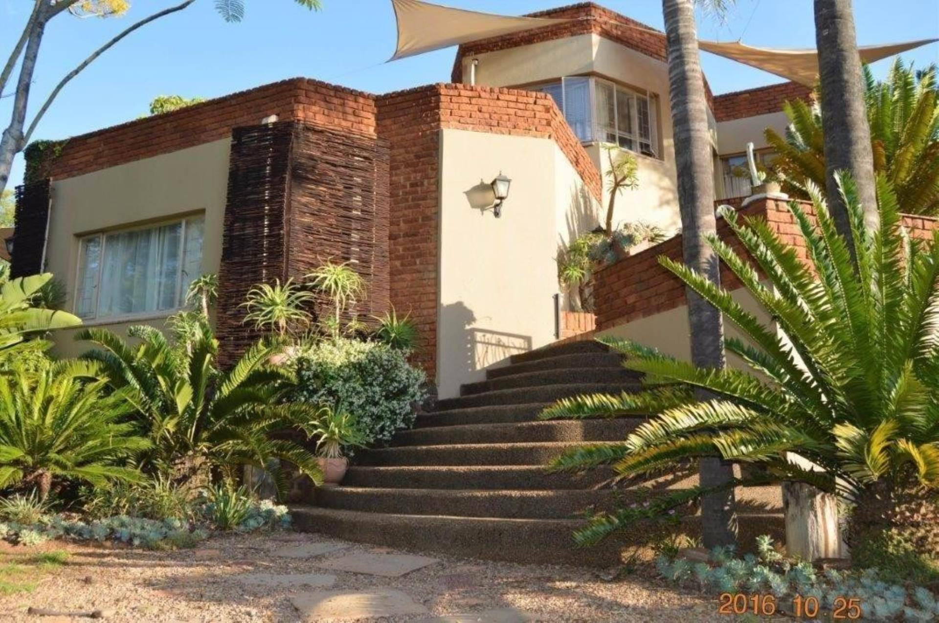 Waterkloof Glen property for sale. Ref No: 13536490. Picture no 3