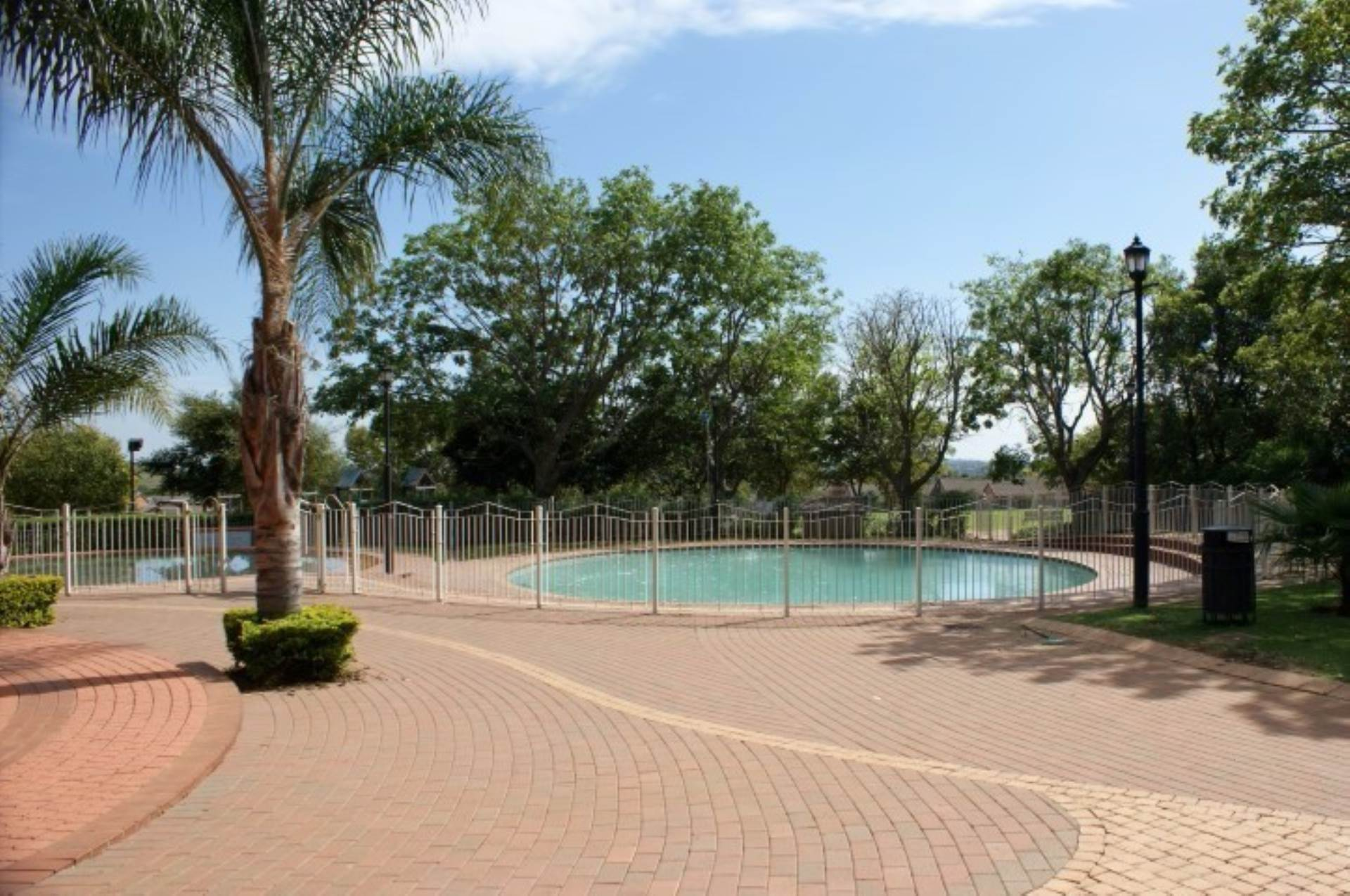 Mooikloof Ridge property for sale. Ref No: 13536807. Picture no 16