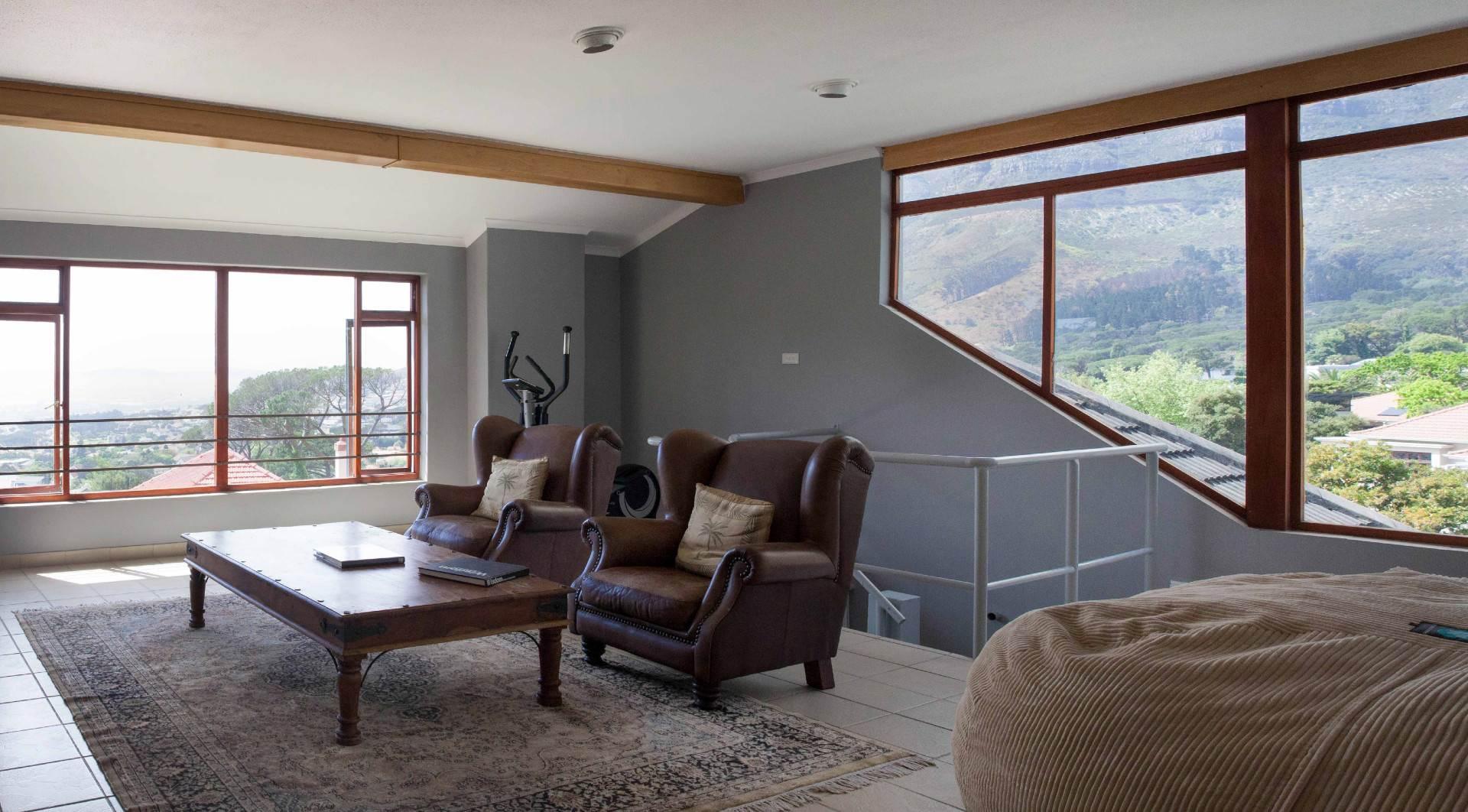 Oranjezicht property for sale. Ref No: 13537515. Picture no 4