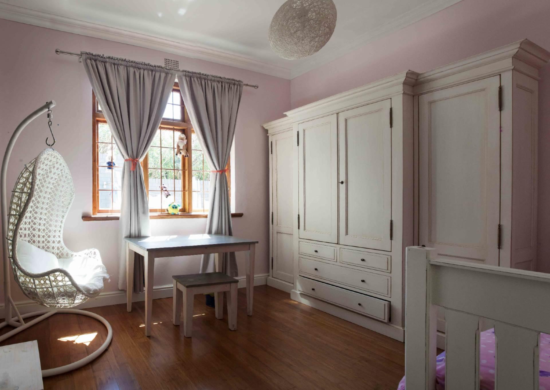 Oranjezicht property for sale. Ref No: 13537515. Picture no 8