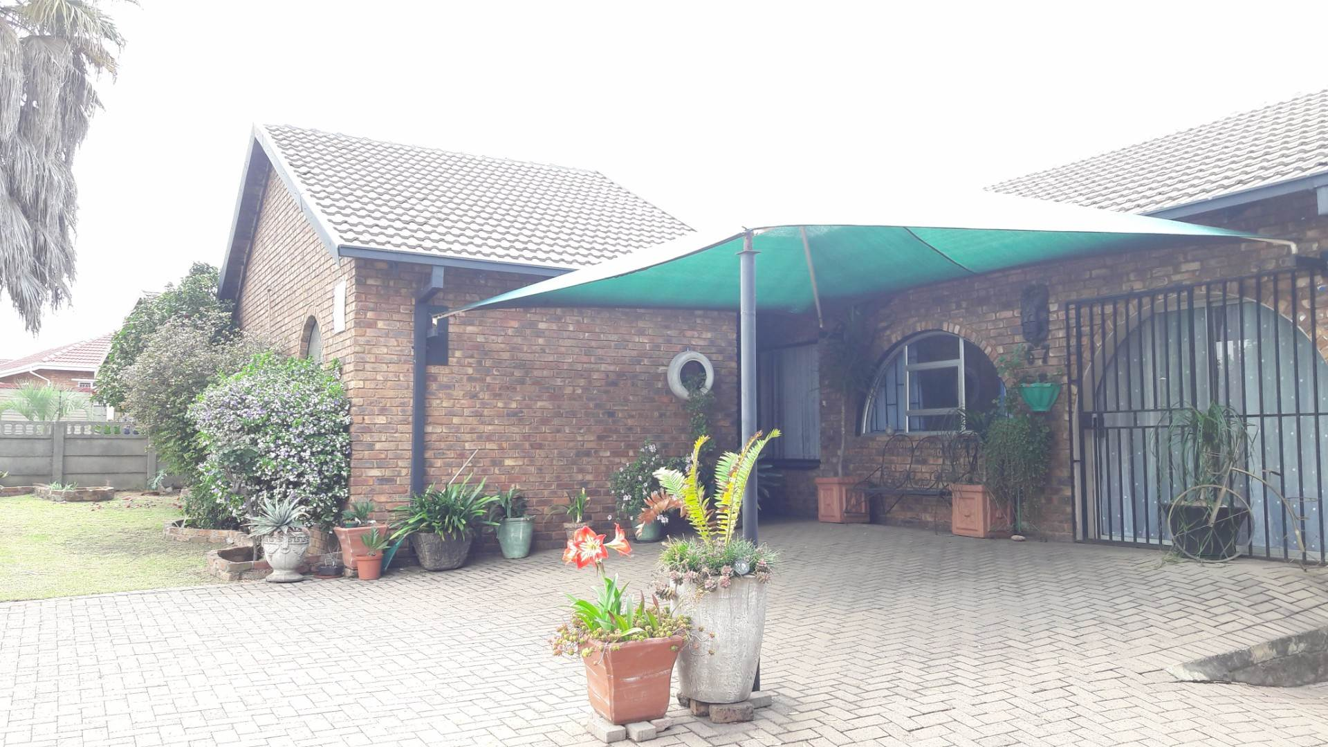 4 BedroomHouse For Sale In Tasbet Park Ext 2