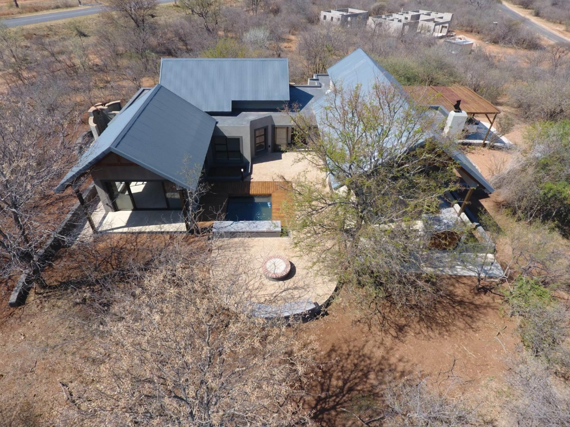 3 BedroomHouse For Sale In Hoedspruit Wildlife Estate