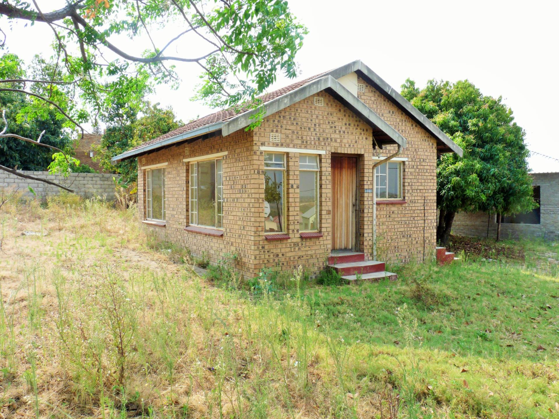2 BedroomHouse For Sale In Thulamahashe