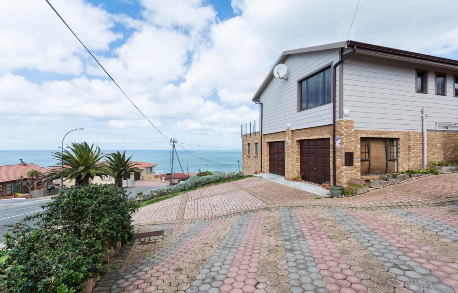 6 BedroomHouse For Sale In Dana Bay