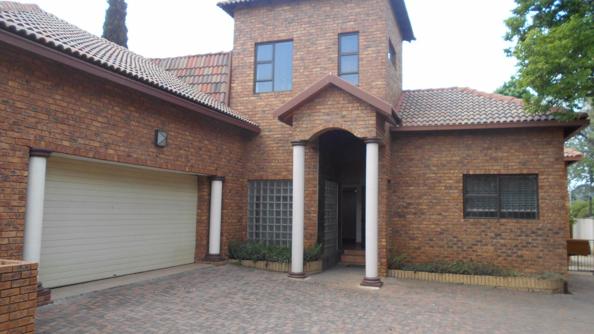 4 BedroomHouse For Sale In Bartletts