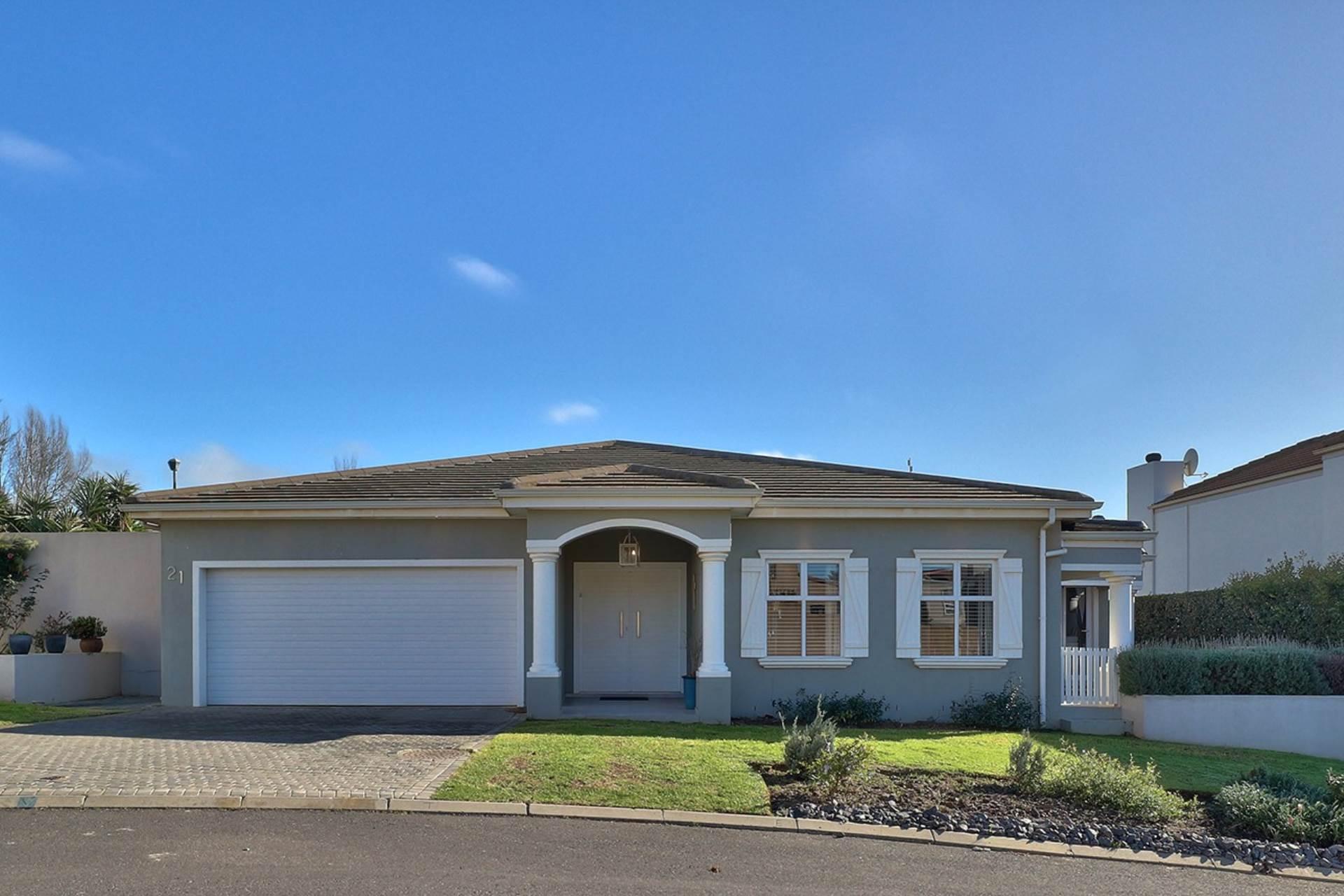 Avalon Estate property for sale. Ref No: 13537748. Picture no 17
