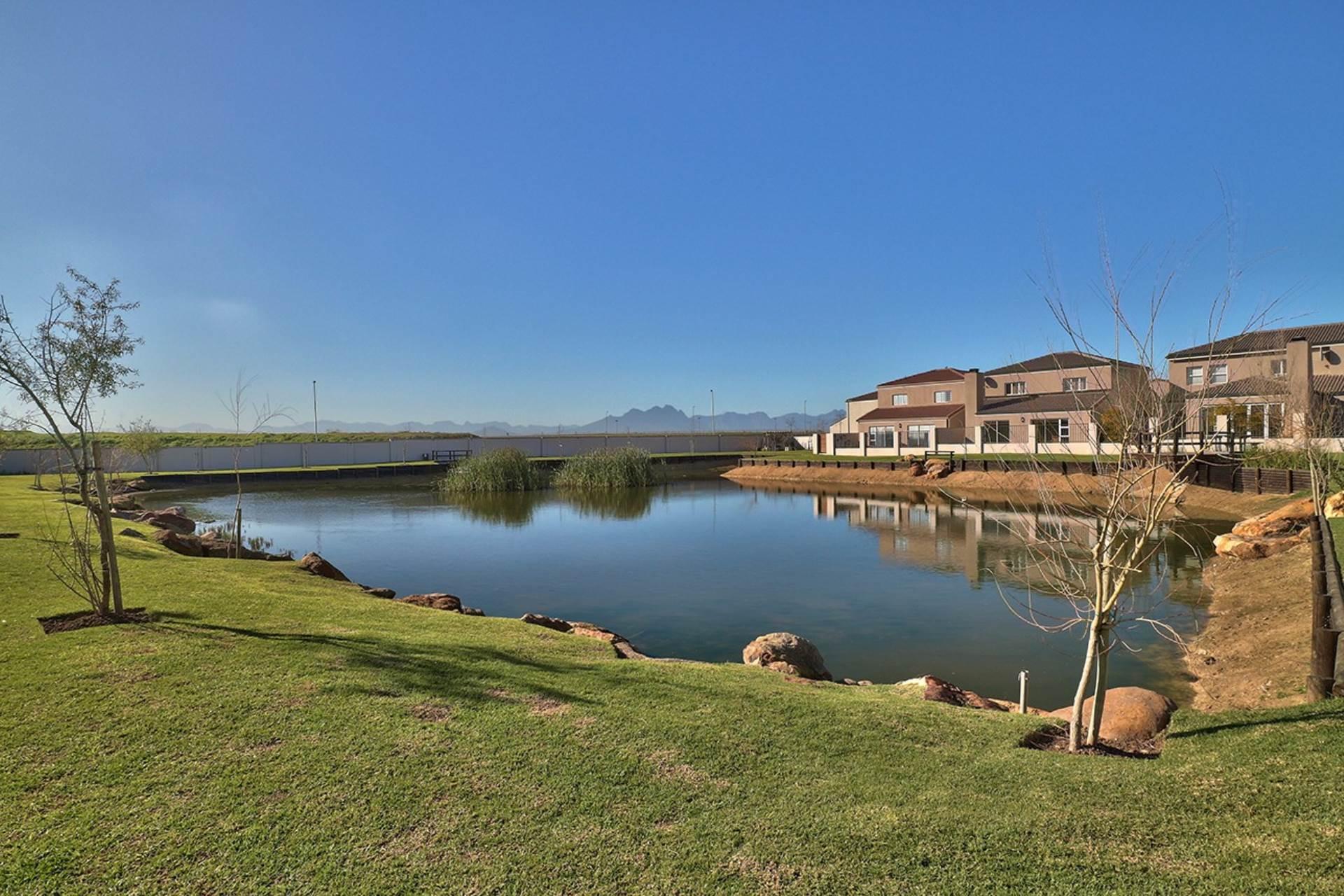 Avalon Estate property for sale. Ref No: 13537748. Picture no 26