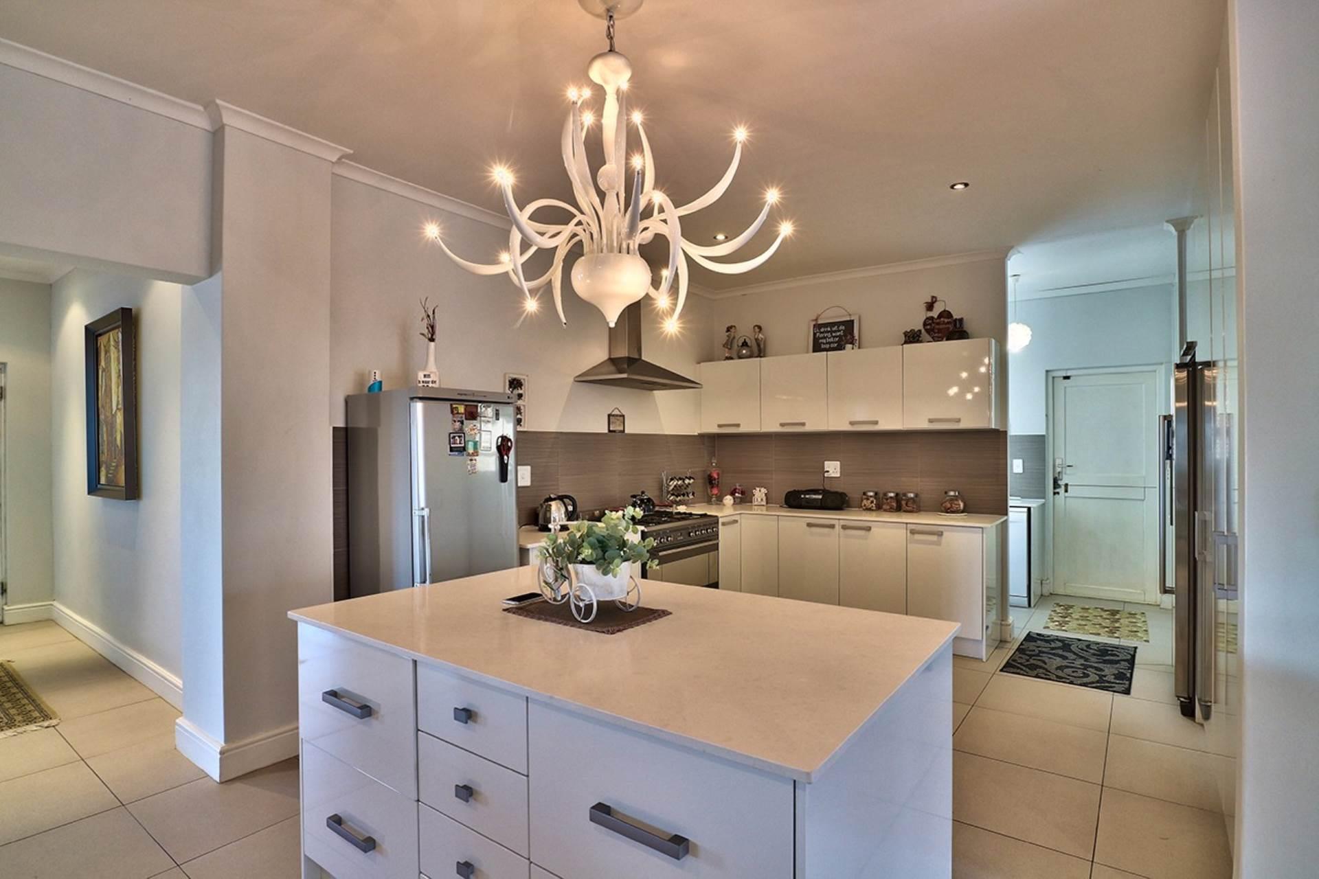 Avalon Estate property for sale. Ref No: 13537748. Picture no 5