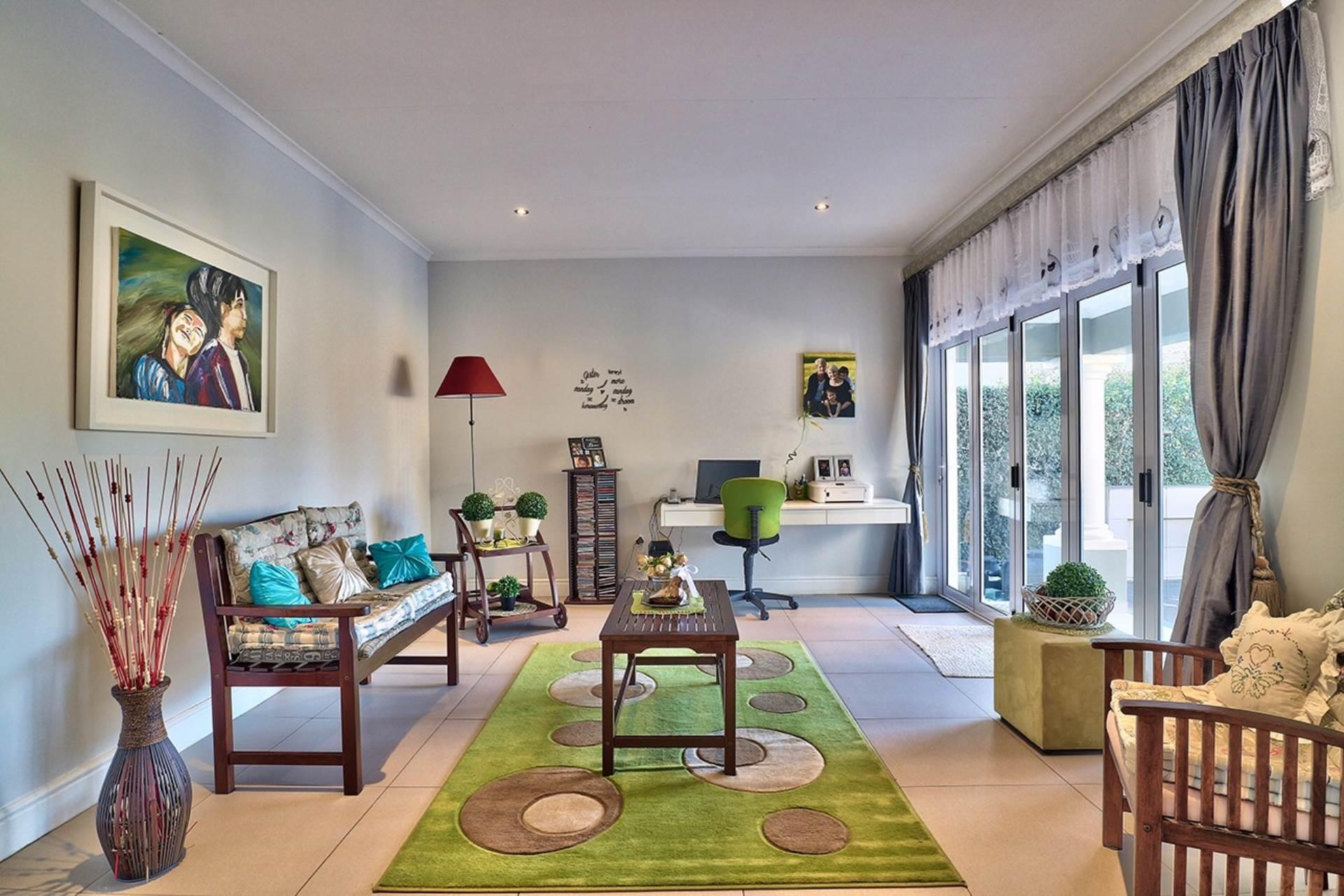 Avalon Estate property for sale. Ref No: 13537748. Picture no 4