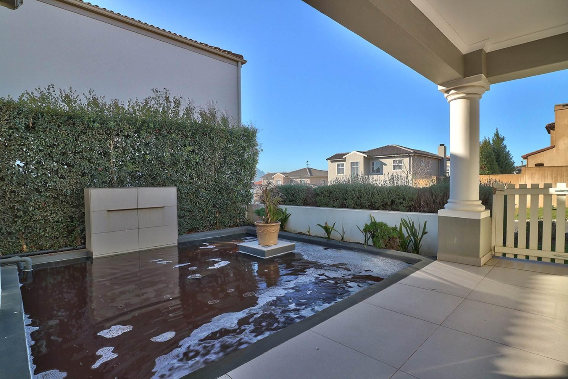 Avalon Estate property for sale. Ref No: 13537748. Picture no 16