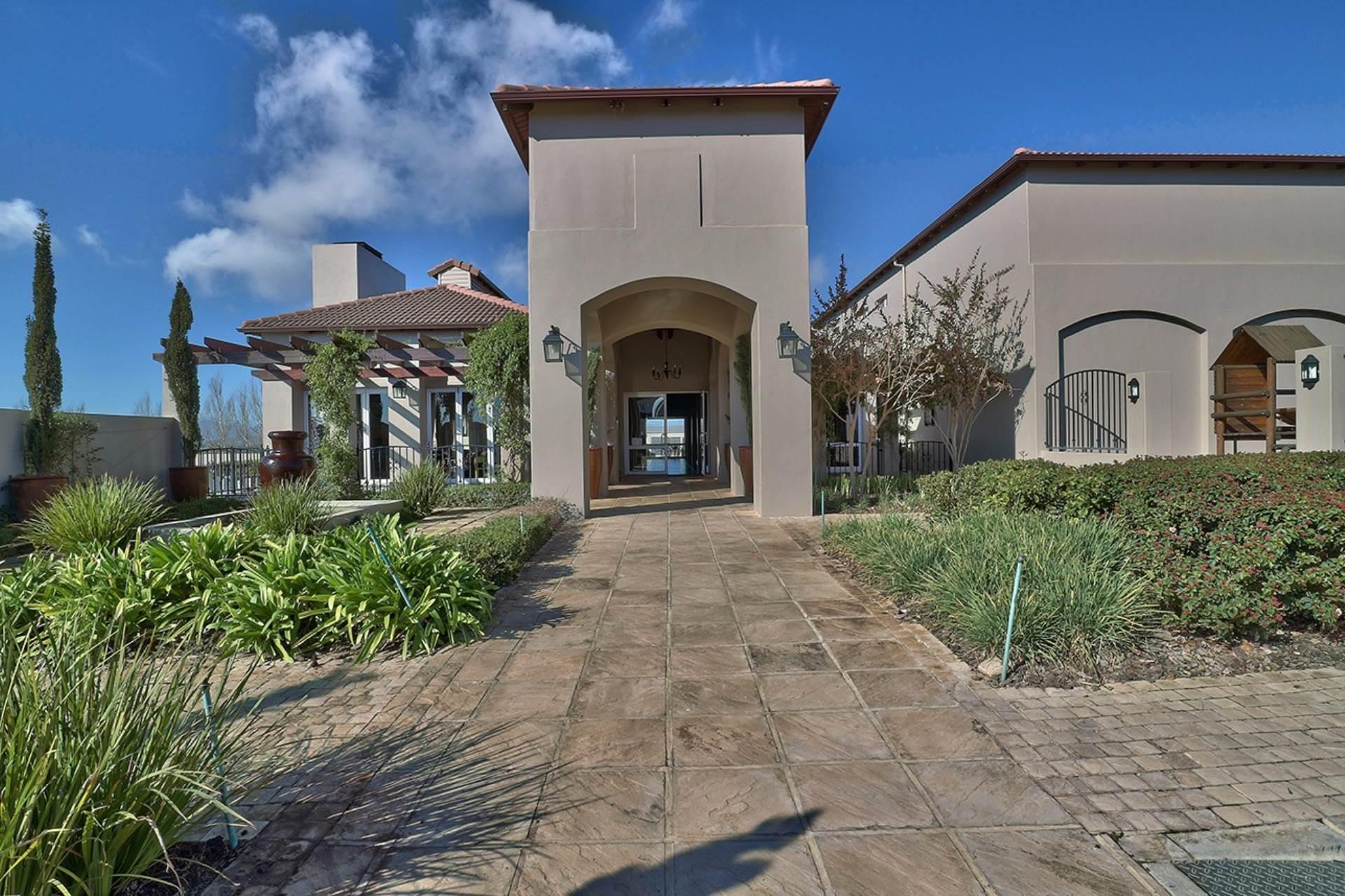 Avalon Estate property for sale. Ref No: 13537748. Picture no 19