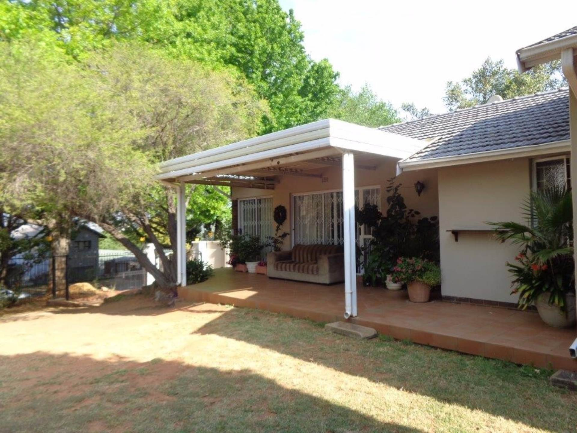 3 BedroomHouse For Sale In Blairgowrie