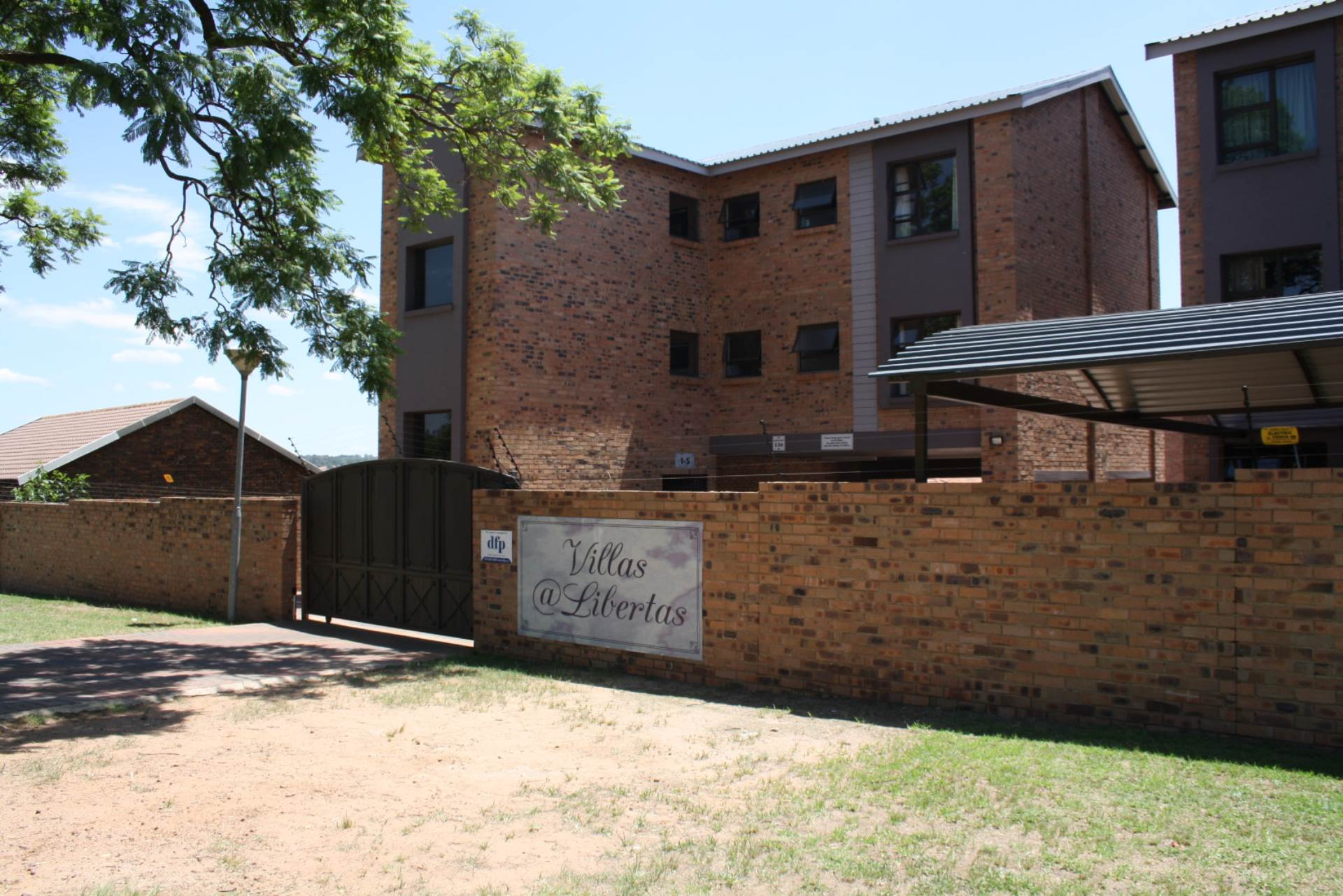2 BedroomFlat To Rent In Blancheville