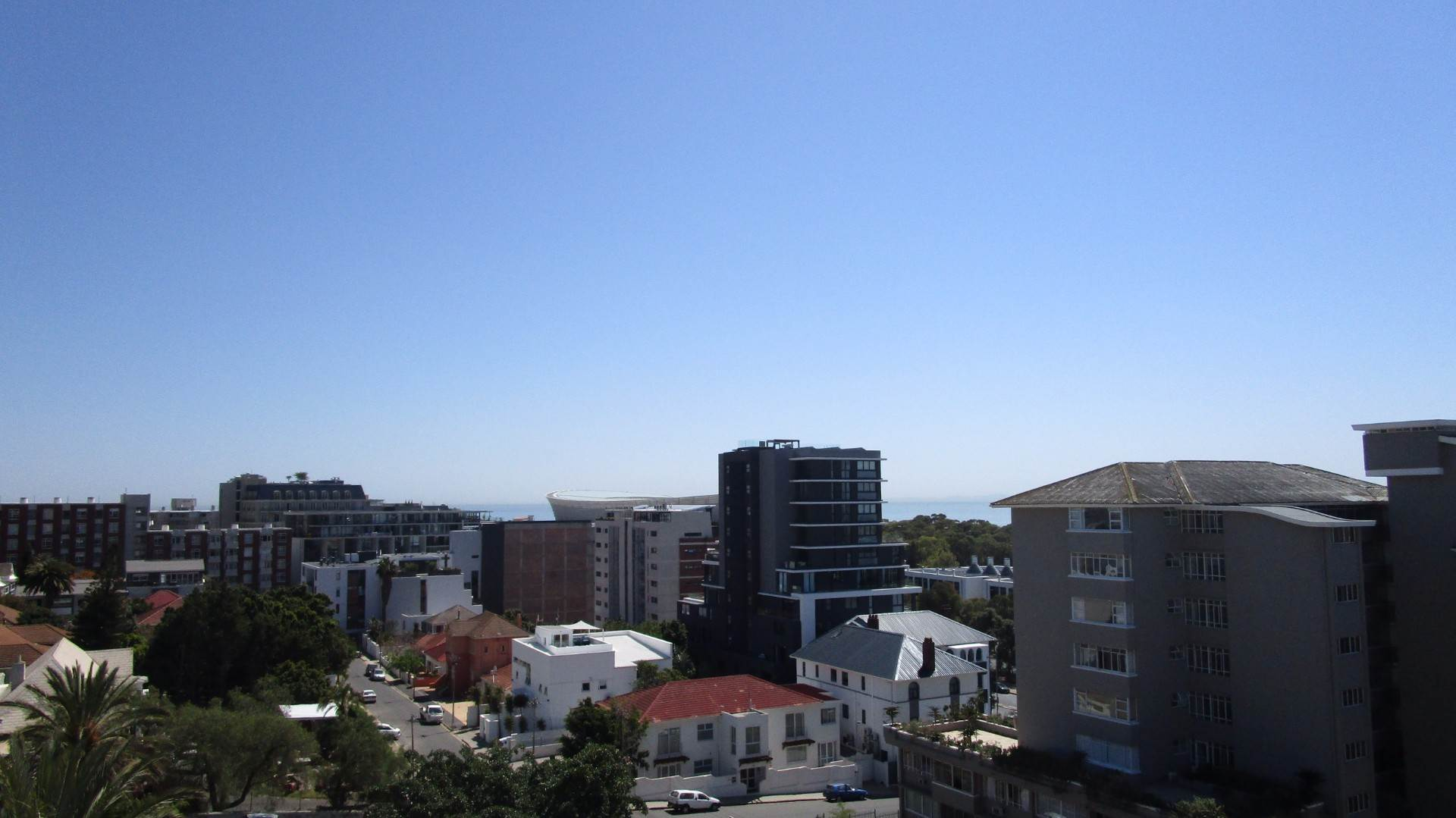 Green Point property to rent. Ref No: 13537806. Picture no 11