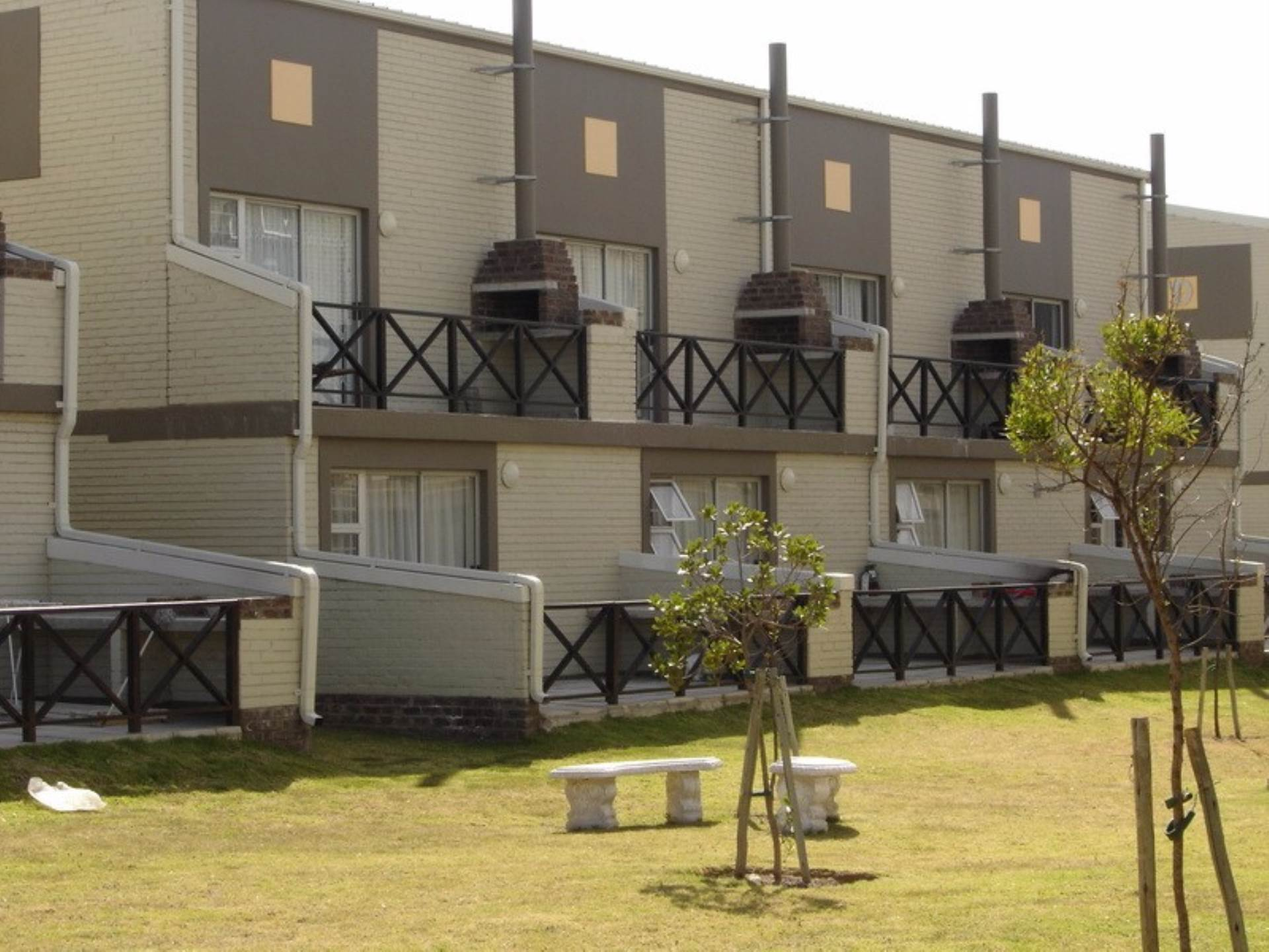 1 BedroomApartment For Sale In Humewood