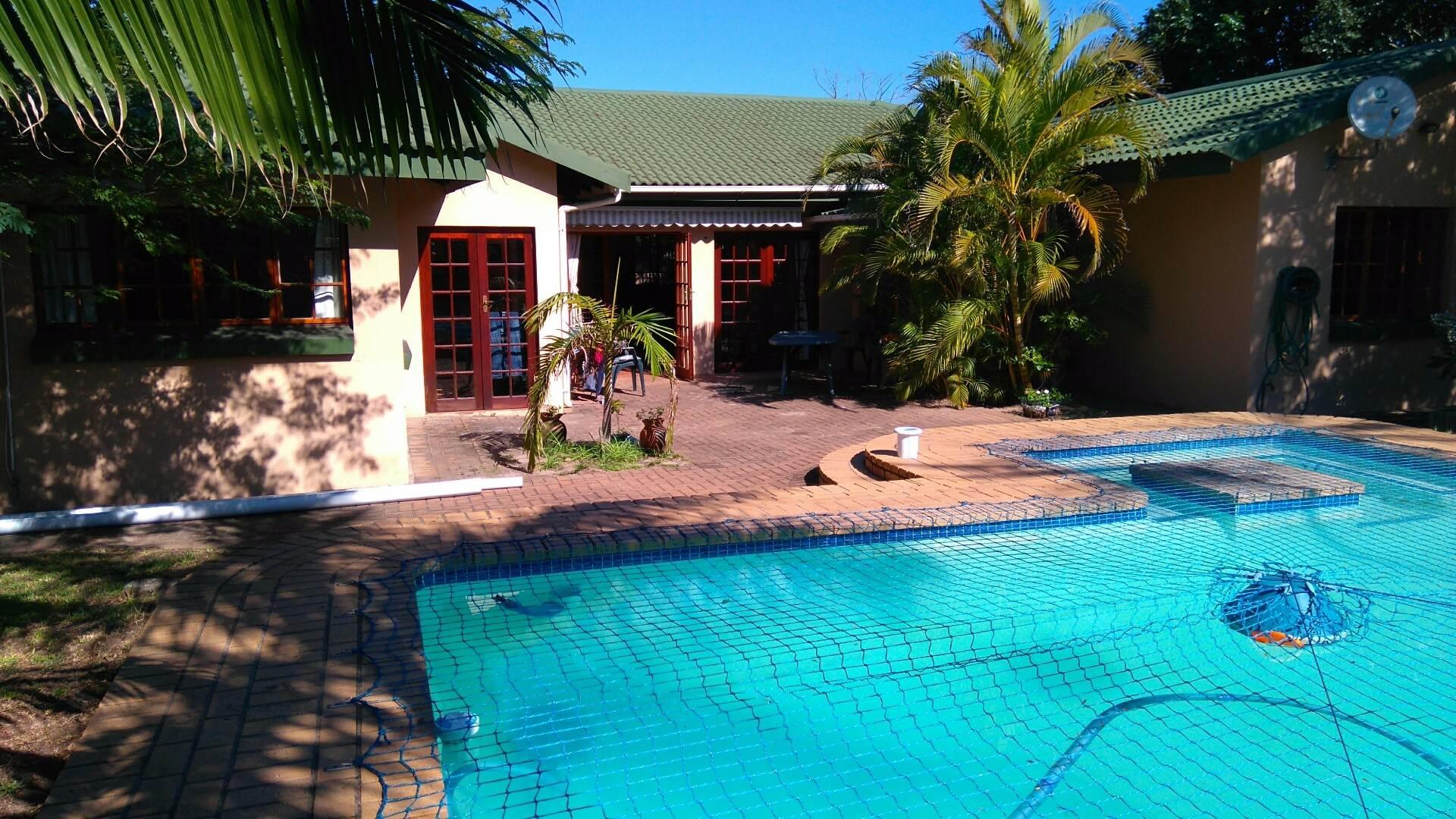 4 BedroomHouse To Rent In Birdswood